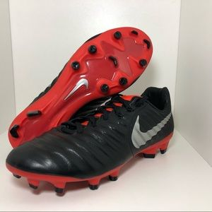 Nike Soccer Cleats Tiempo Legend 7 size 5.5Y